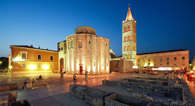 The square-forum in Zadar is becoming a true jewel sight of Croatian tourism.