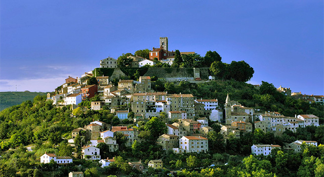 Visit Motovun, the most famous and attractive Istrian medieval town